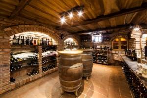 Zlatni Lug vinski podrum 13